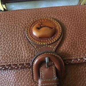 Bags - Vintage Dooney and Bourke crossbody